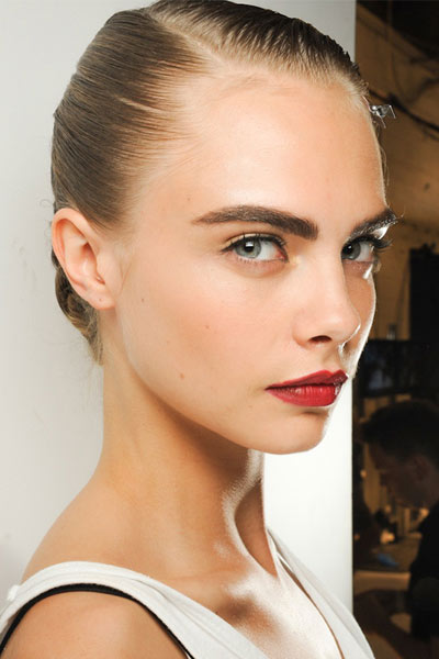 How to Get the Perfect Bold Brow Look