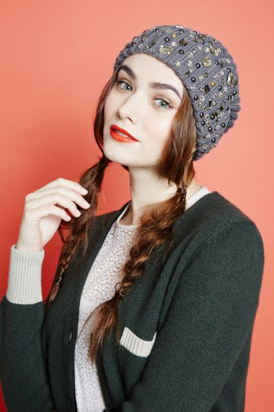 Gorgeous Hairstyles to Wear Under a Hat