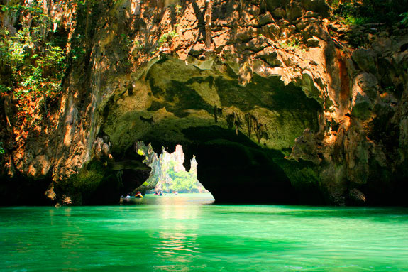 Best Honeymoon Destination: Visiting Phuket Island for Exotic Sensation