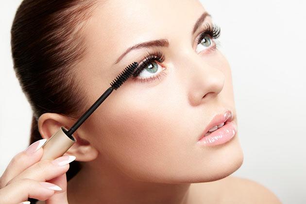 How to Make Mascara Last Longer