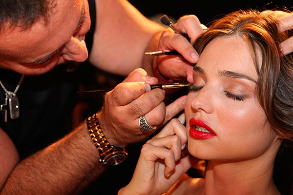 Common Makeup Mistakes That Make You Look Tired