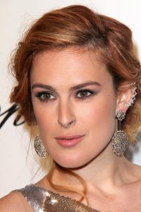 Rumer Willis with rose gold hair